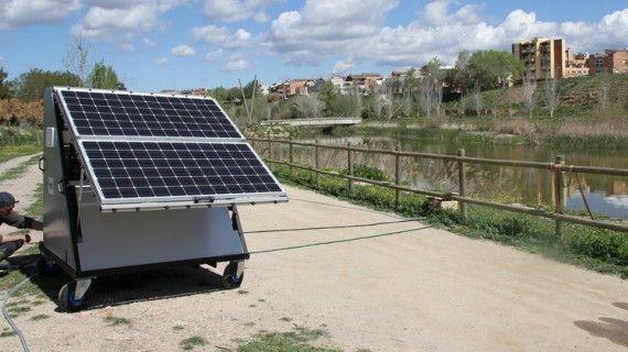 Depuradora potabilitzadora portàtil d'aigua desenvolupada per l'empresa d'Igualada Waterologies. Prova al riu Anoia a Vilanova del Camí.   11481#Oscar Lopez (Anoia)